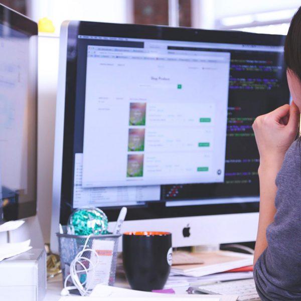 Qu'est-ce qu'un logiciel ERP/CRM?
